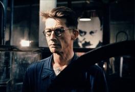 Cette autre adaptation du roman de George Orwell est sortie en 1984. Avec John Hurt et Richard Burton Excelente B.O. signée Eurythmics.