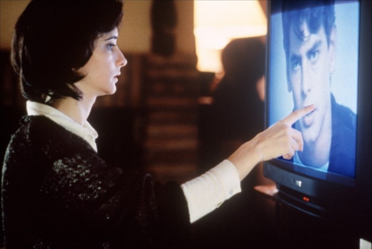 Ana Torrent et Eduardo Noriega dans Tesis